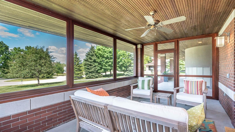 4285 Upper Glade Court - Porch