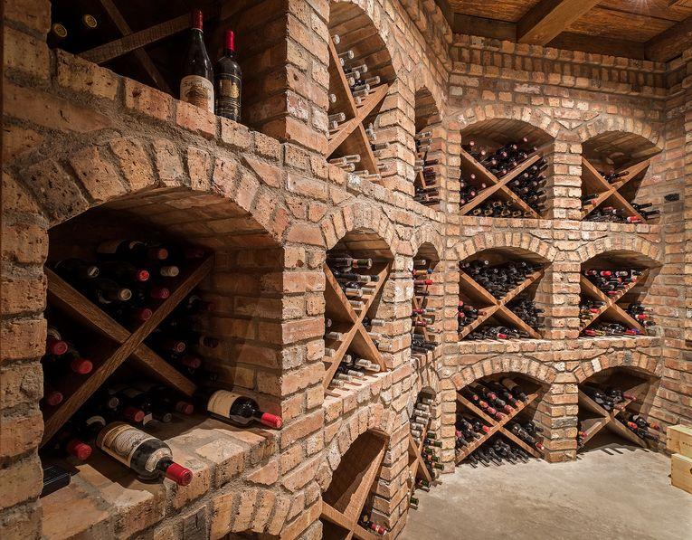 2150 daybreak ridge wine cellar