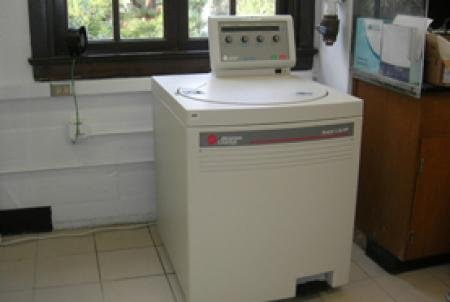 Center for the Chemistry of Cellular Signaling #1: cellsig centrifuge itok=37xl5jyo
