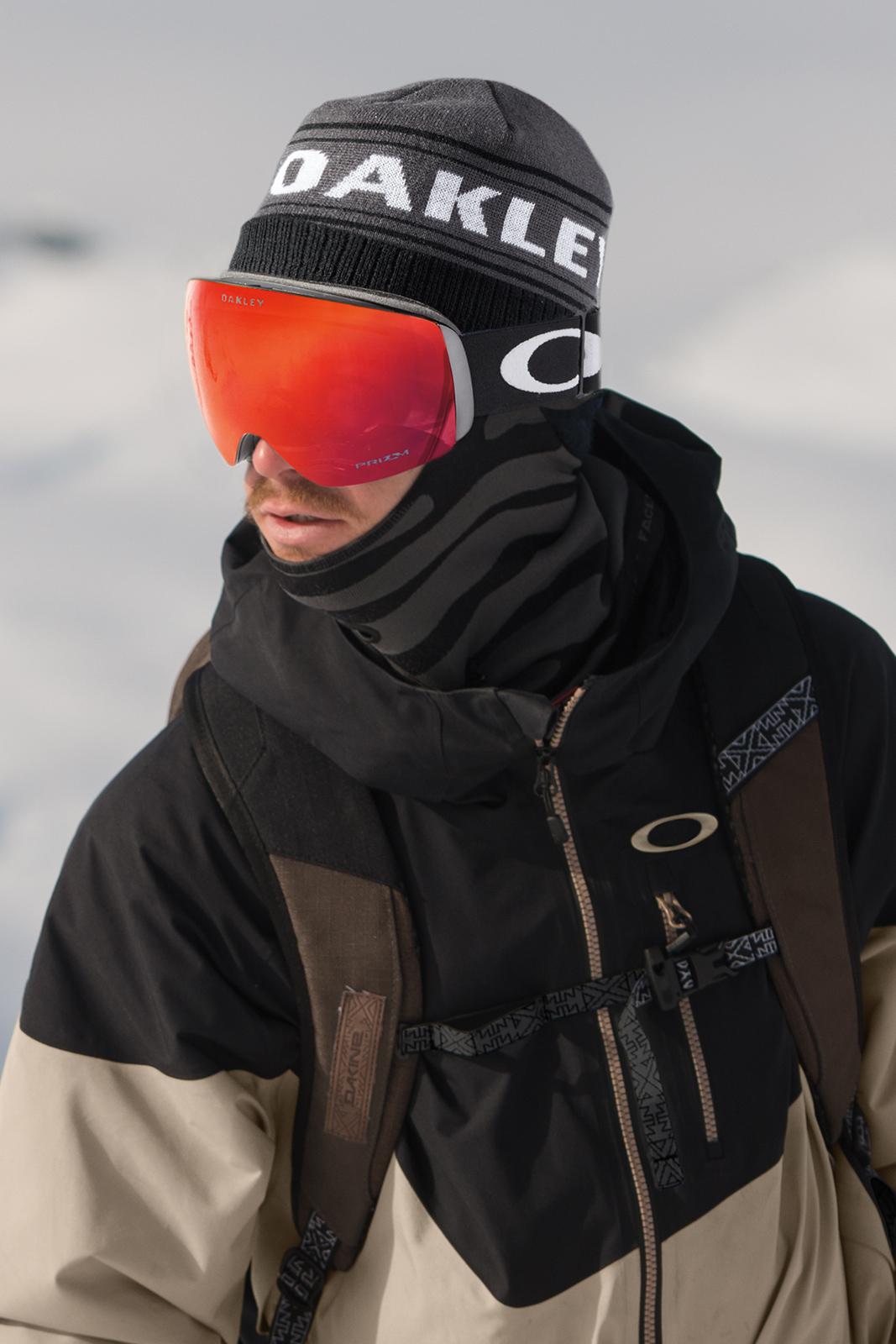 Oakley Flight Deck Helmet Marketing Yourself Co Uk