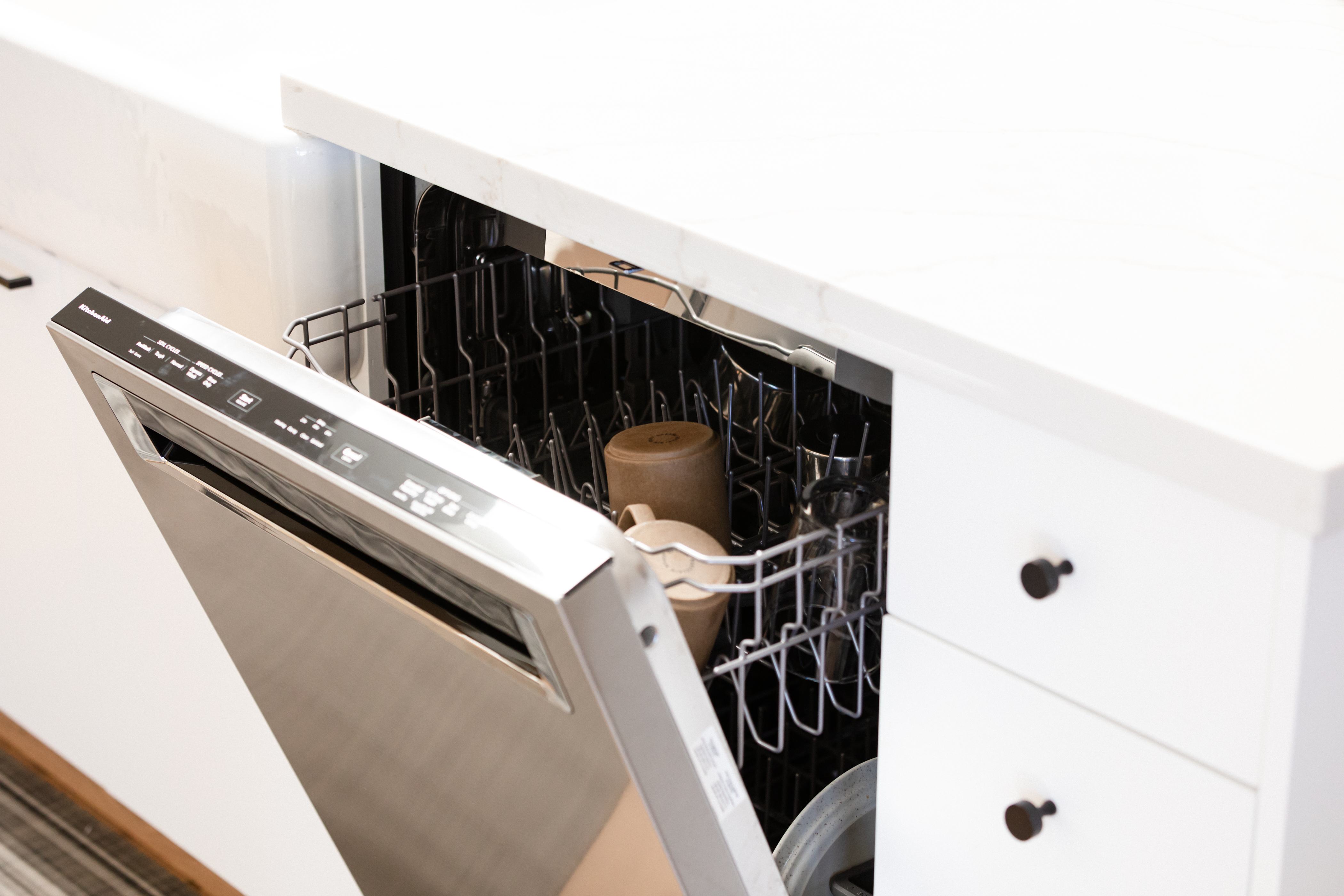 7 Mistakes You're Probably Making With Your Dishwasher
