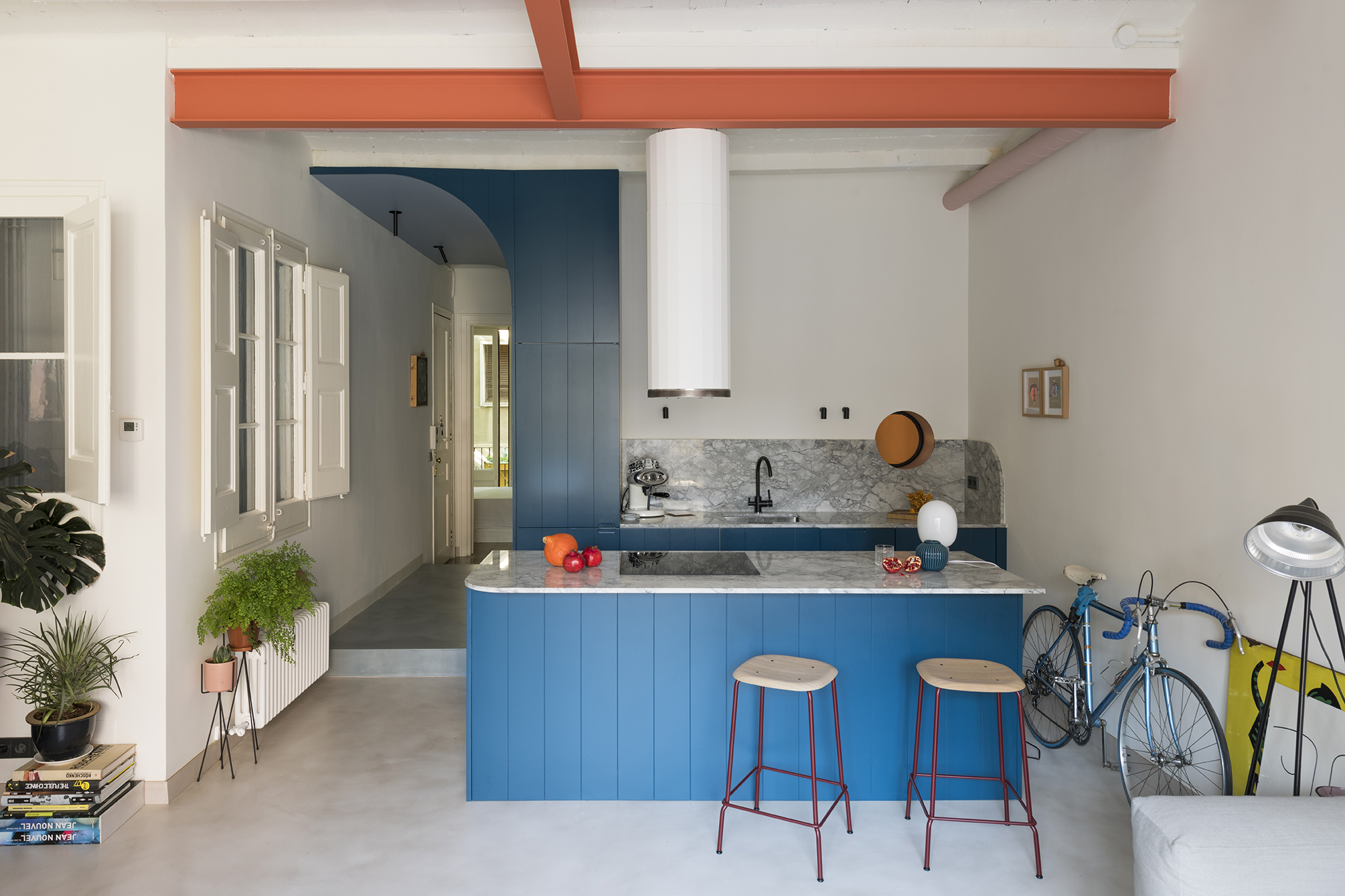 This Barcelona Apartment Is a Colorful Cabinet of Curiosities