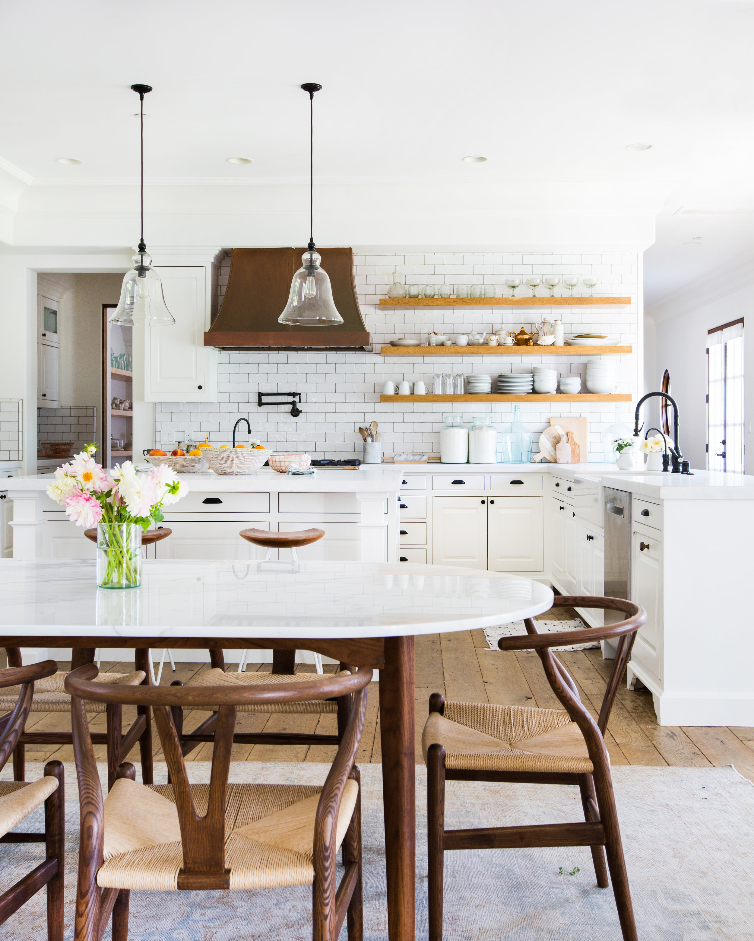 Here Are 5 Small Kitchen Ideas That We're Stealing From the Homes of Our Fave Celebs