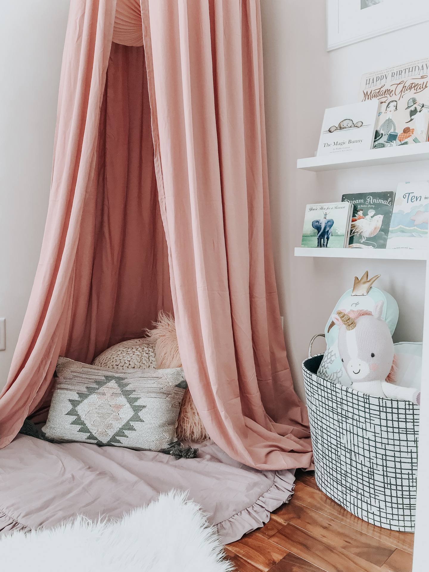 Behold, 8 Magical Girls Bedroom Ideas That Are as Dreamy as Can Be