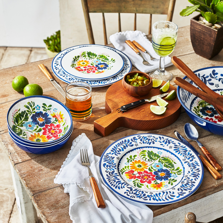 *Major* News: Sur La Table Is Offering 50% Off Sitewide All Weekend Long
