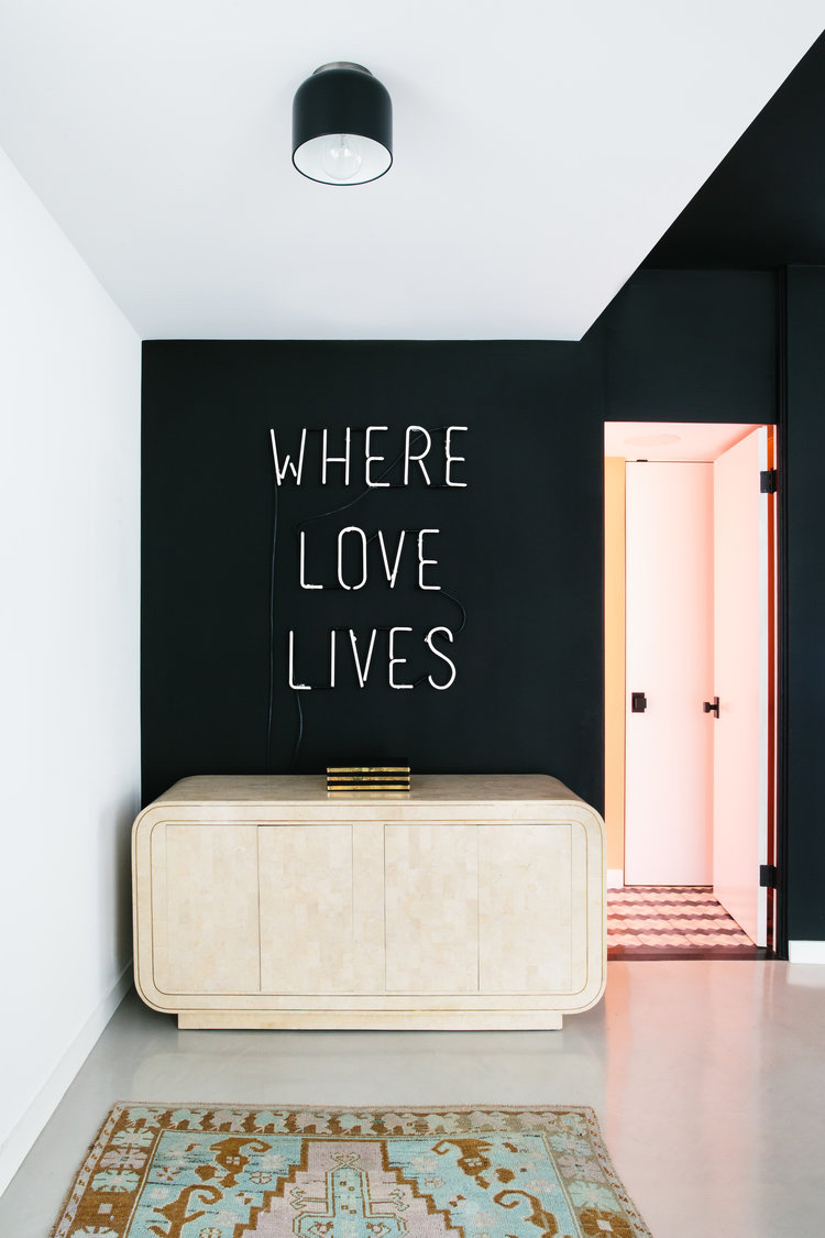 These Homes Are Creating Insta-Worthy Statements With Neon Signs