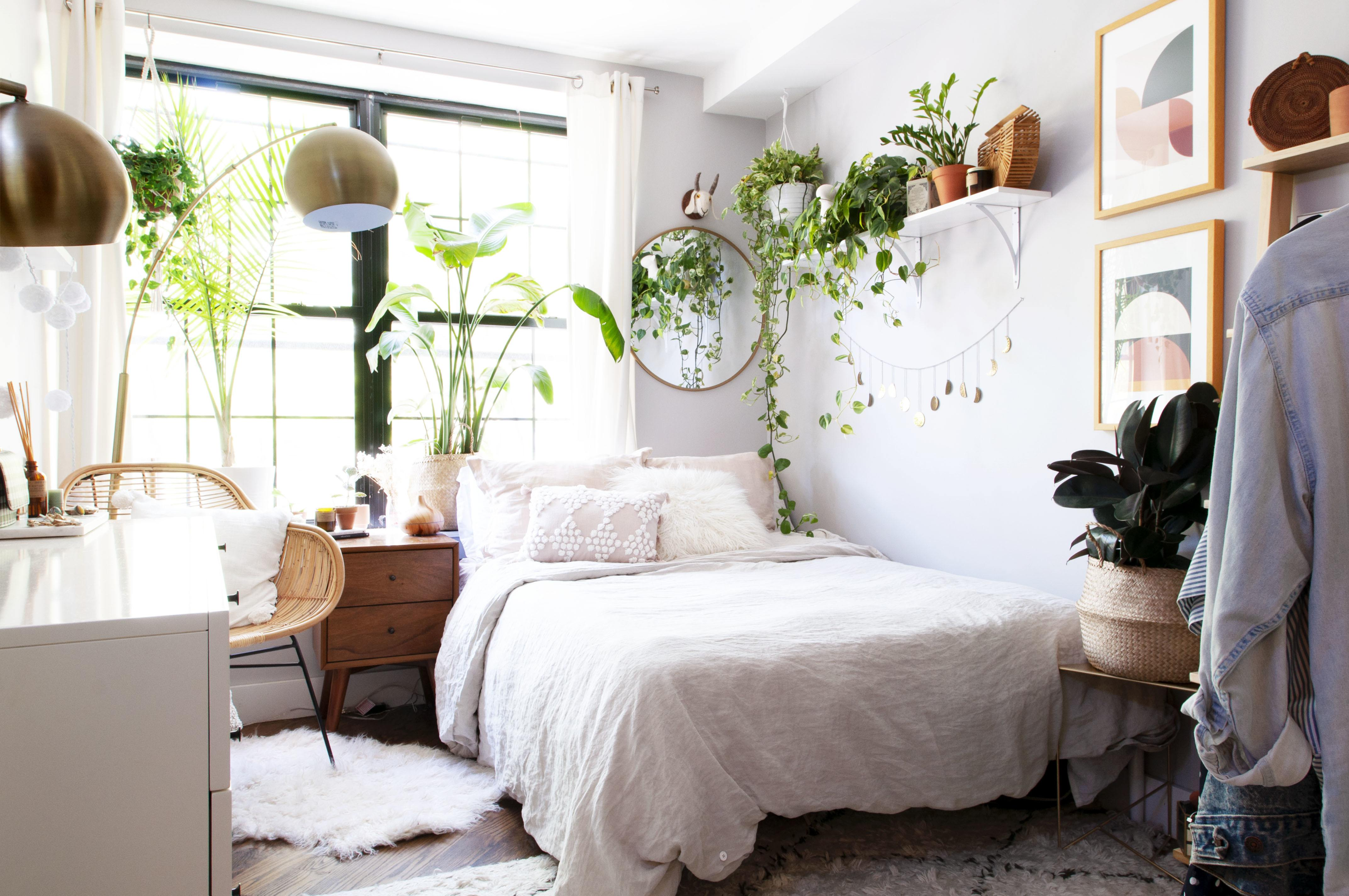 This Handy Guide to Bedroom Furniture Ideas and Decor Is Just Another Reason to Love Sleeping