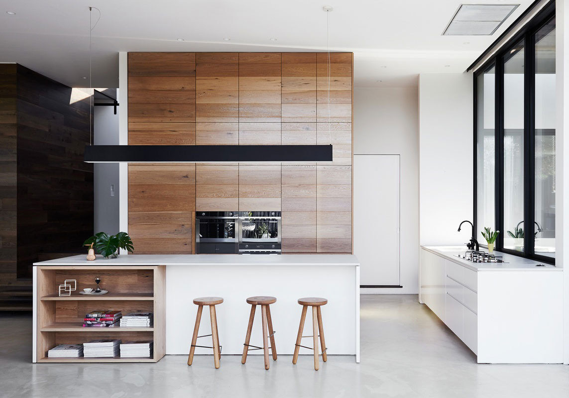 8 Tips to Creating a Beautiful Kitchen Using Brown Cabinets