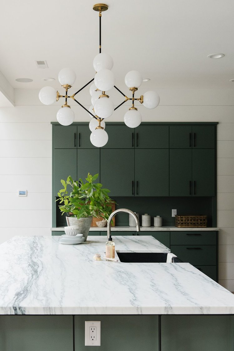 9 Small Kitchen Decorating Ideas That Prove Square Footage Doesn't Matter