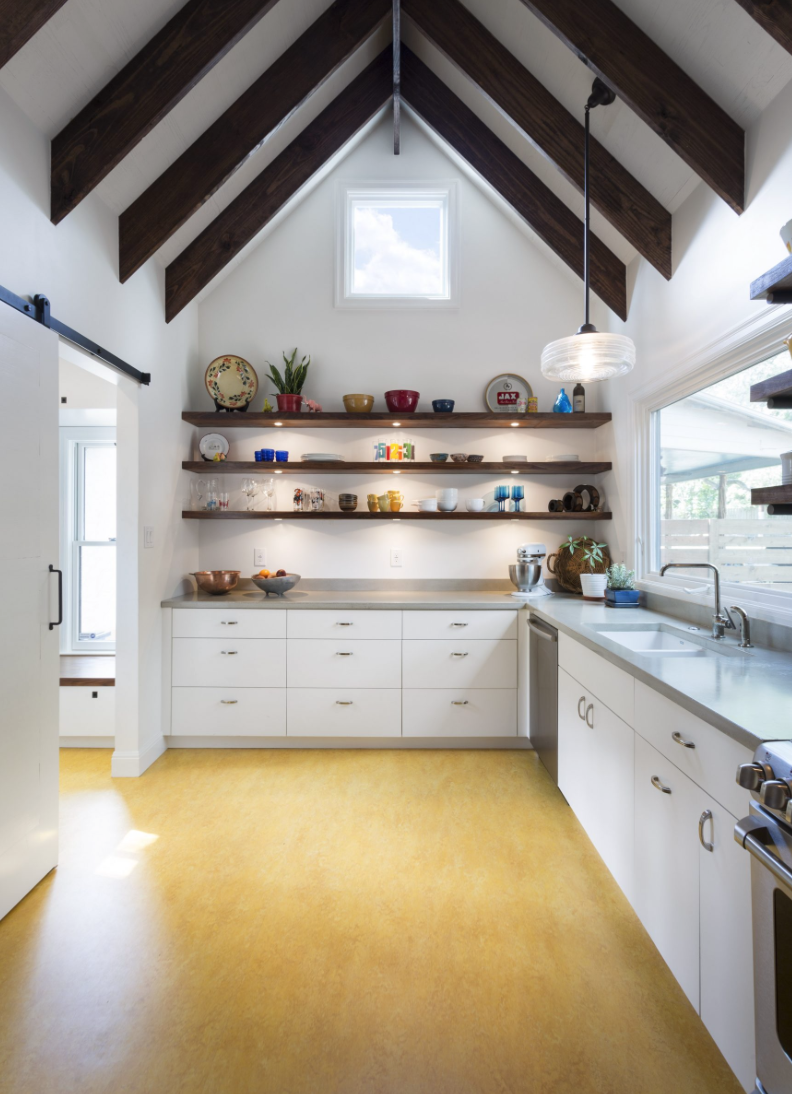 Here's Proof That Linoleum Kitchen Flooring Can Actually Look Good