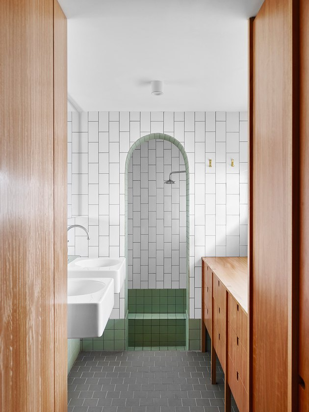 Pros and Cons of the Most Popular Types of Showers for Your Bathroom
