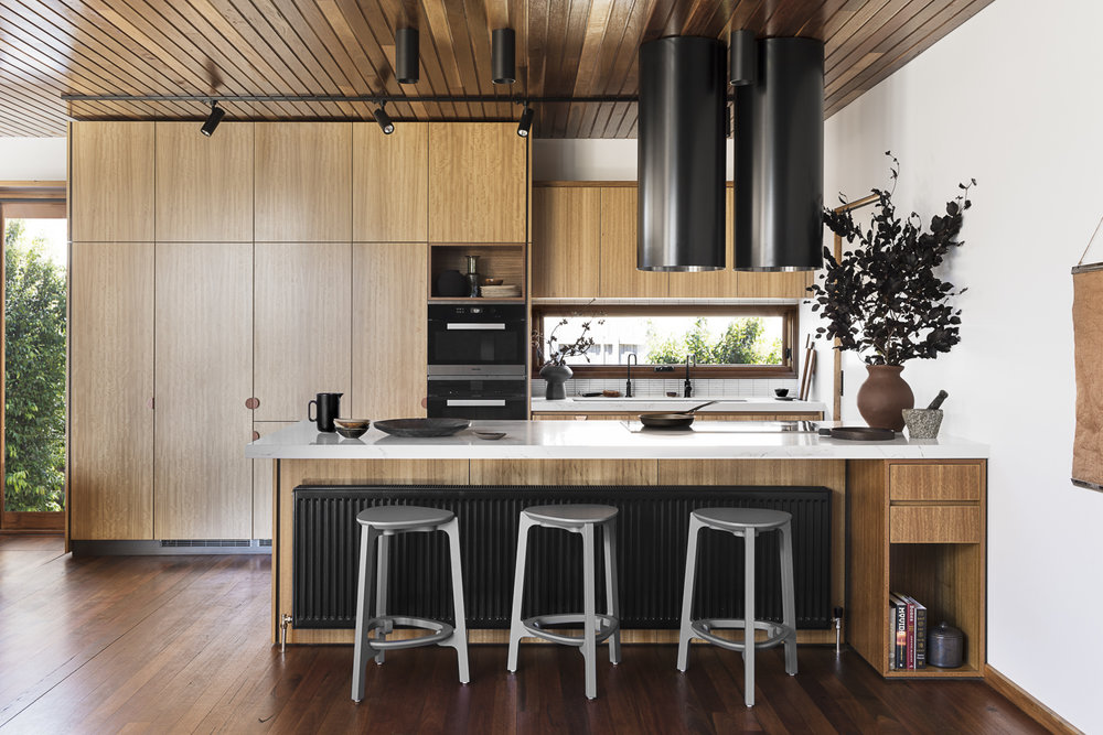 Don't Sweat It: Go Simple and Stress-Free With a Minimalist Kitchen