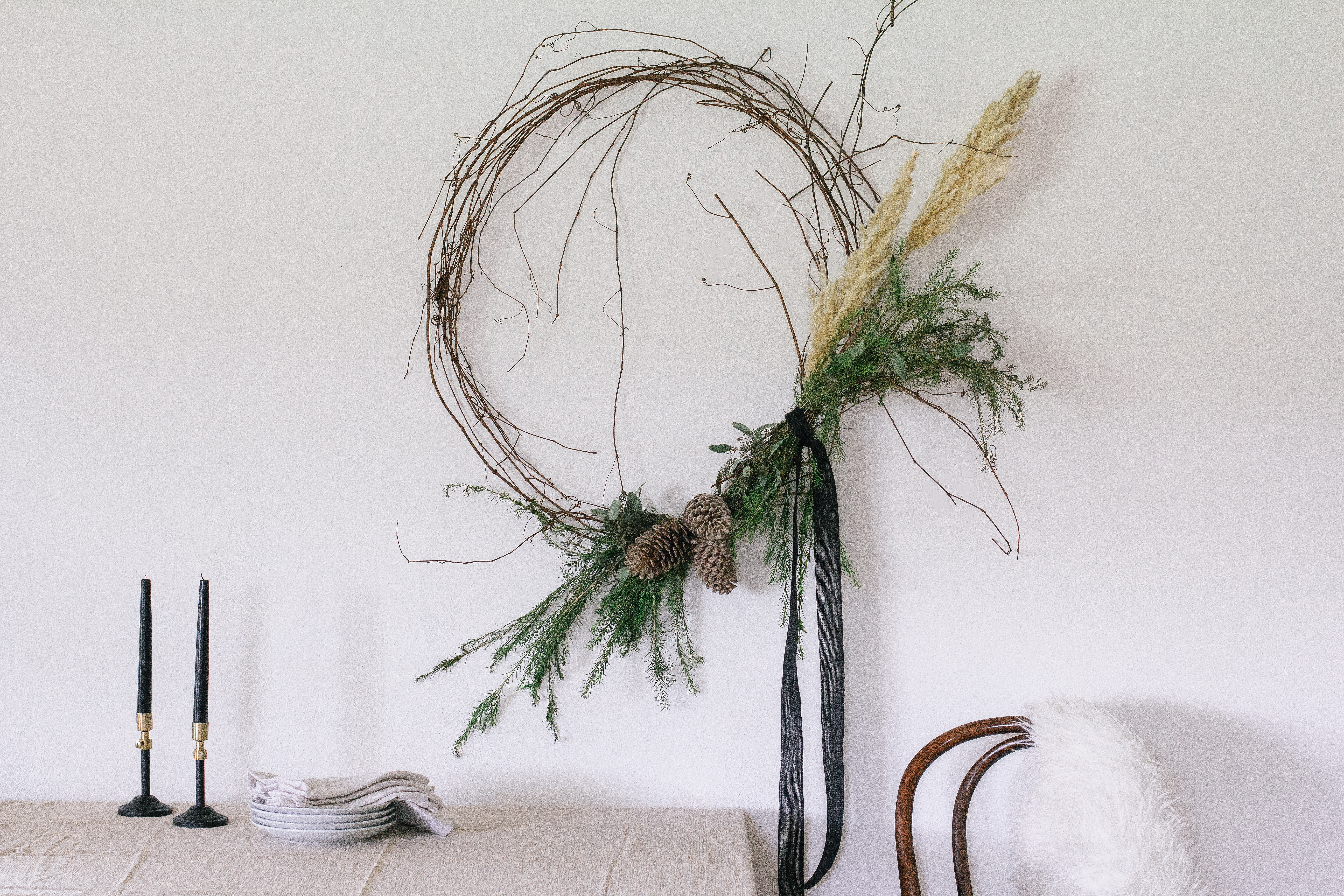A Little Rustic, a Little Unruly, This Wreath Totally Appeals to Our Holiday Sensibilities