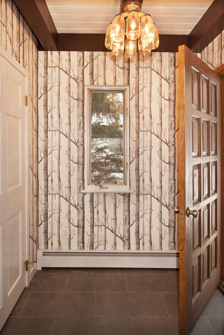 Things to Consider When Decorating and Designing Your Hallway