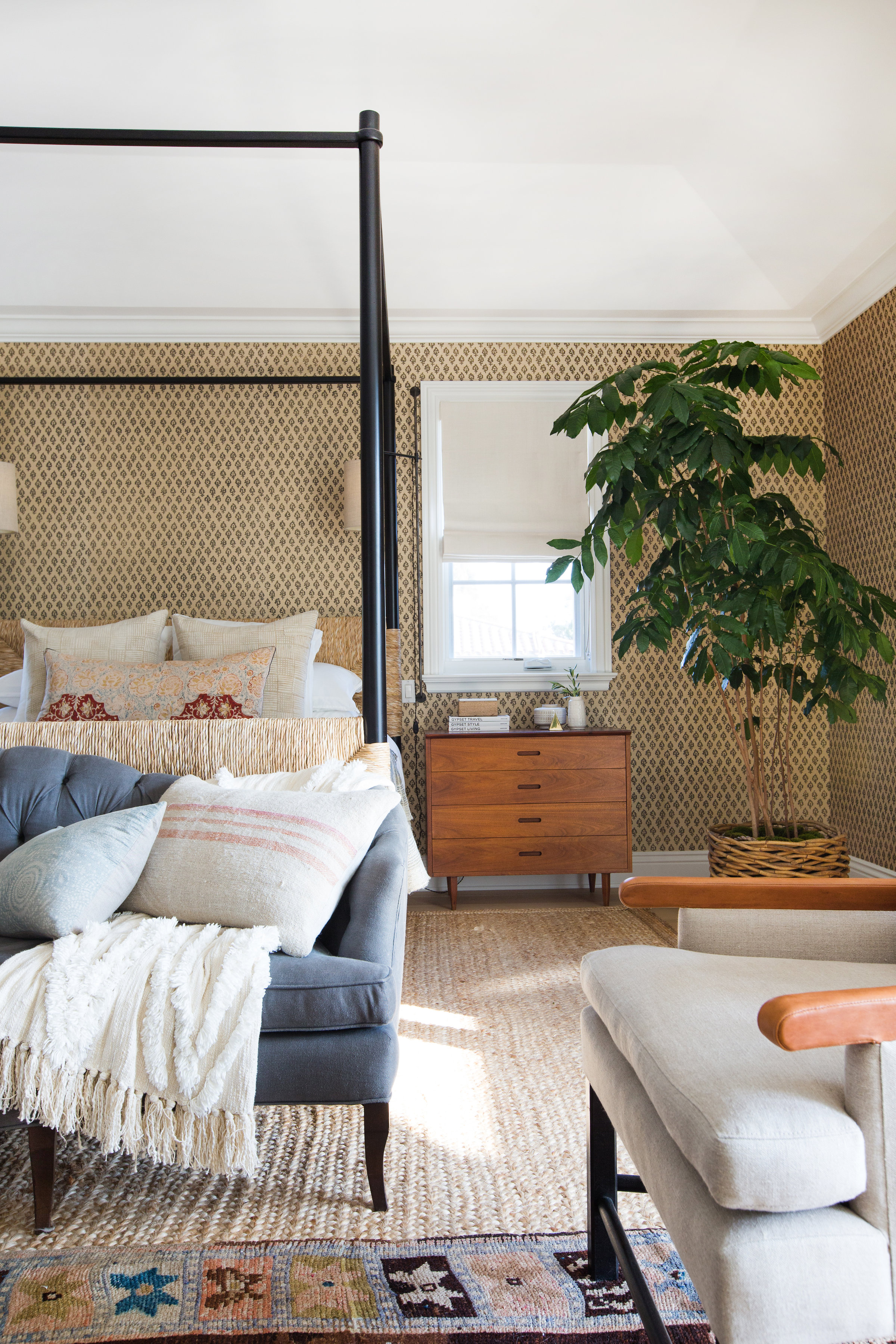 These Bedroom Window Treatment Ideas Have You Covered