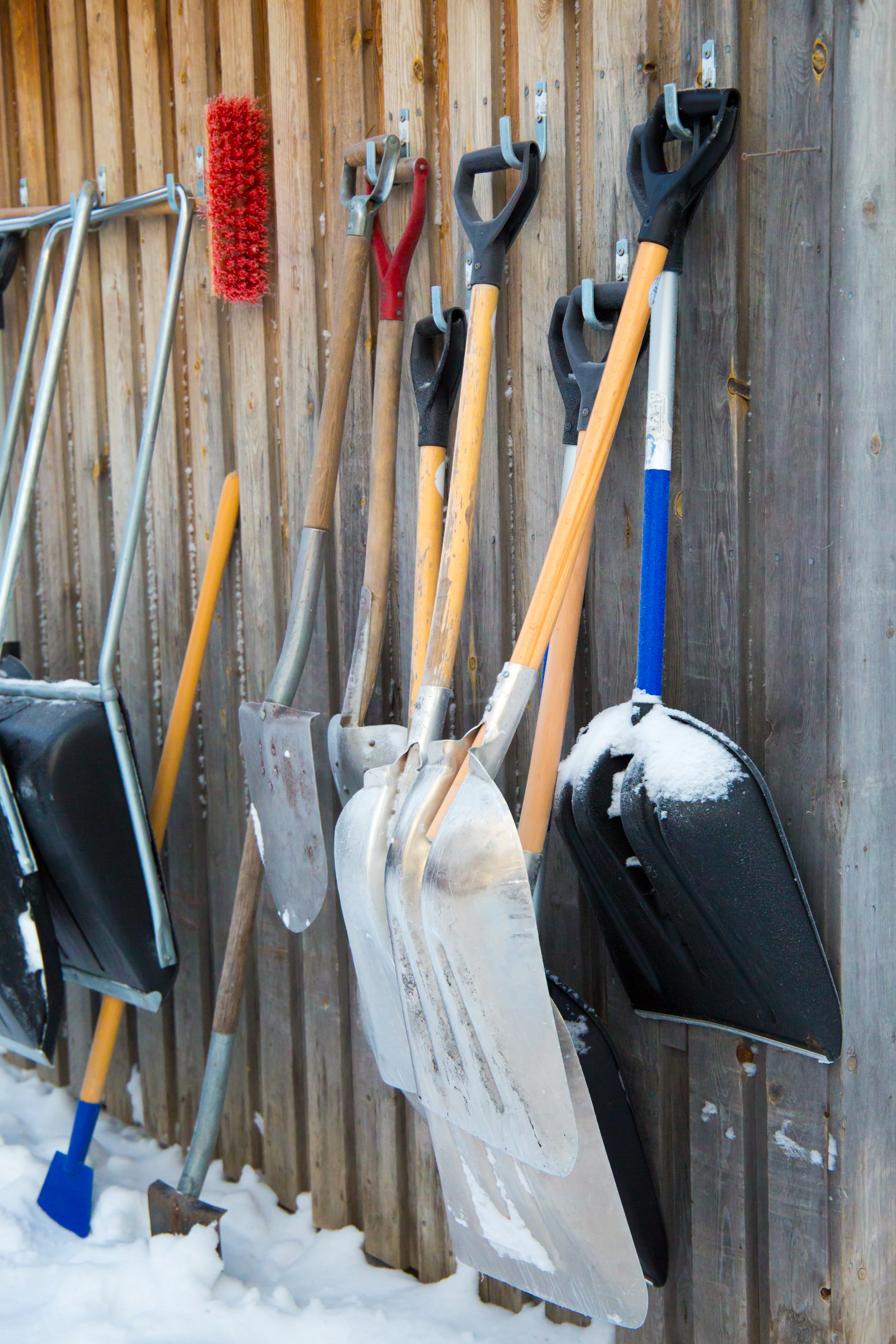 A Homeowner's Guide to Snow Shovels