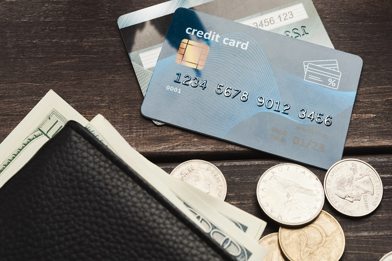 The Pros and Cons of Credit Card Balance Transfers