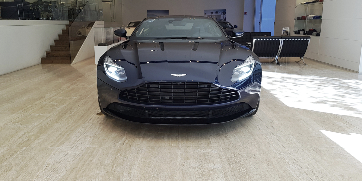 Db11 midnight blue.007