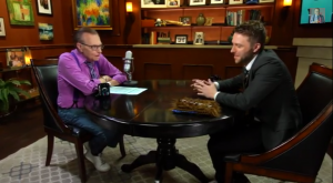 Larry King and Chris Hardwick sat down in an interview discussing various topics including the Man of Steel sequel
