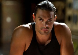 jason-momoa-in-bullet-in-the-head-2013-movie-image-110829
