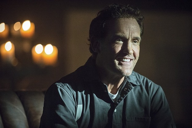 """The Flash -- """"Tricksters"""" -- Image FLA117A_0342b -- Pictured: John Wesley Shipp as Henry Allen -- Photo: Cate Cameron/The CW -- © 2015 The CW Network, LLC. All rights reserved."""