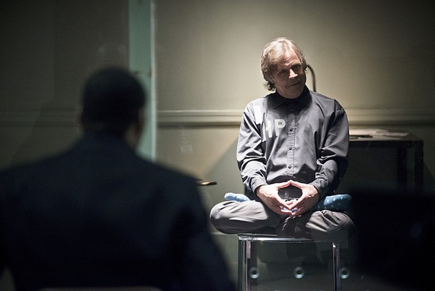 """The Flash -- """"Tricksters"""" -- Image FLA117A_0031b -- Pictured: Mark Hamill as Jesse James -- Photo: Diyah Pera/The CW -- © 2015 The CW Network, LLC. All rights reserved."""