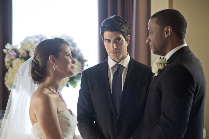 "Arrow -- ""Suicidal Tendencies"" -- Image AR317A_0146b -- Pictured (L-R): Audrey Marie Anderson as Lyla Michaels, Brandon Routh as Ray Palmer, and David Ramsey as John Diggle -- Photo: Katie Yu/The CW -- © 2015 The CW Network, LLC. All Rights Reserved."