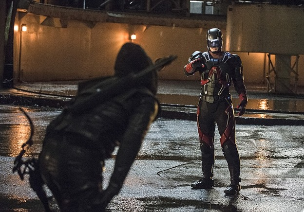 "Arrow--""Suicidal Tendencies""--Image AR317A_0296b--Pictured (L-R): Stephen Amell as Oliver Queen/Arrow and Brandon Routh as Ray Palmer/Atom--Photo: Cate Cameron/The CW--© 2015 The CW Network, LLC. All rights reserved."