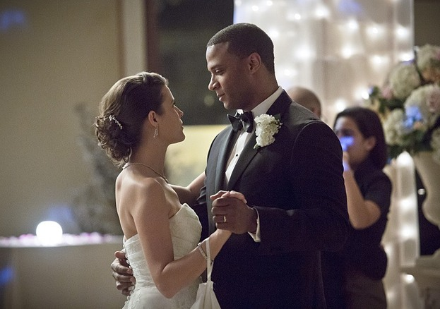 "Arrow--""Suicidal Tendencies""--Image AR317A_0153b--Pictured (L-R): Audrey Marie Anderson as Lyla Michaels and David Ramsey as John Diggle--Photo: Katie Yu/The CW--© 2015 The CW Network, LLC. All rights reserved."