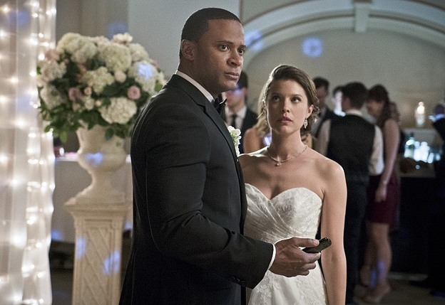"Arrow--""Suicidal Tendencies""--Image AR317A_0360b--Pictured (L-R): David Ramsey as John Diggle and Audrey Marie Anderson as Lyla Michaels--Photo: Katie Yu/The CW--© 2015 The CW Network, LLC. All rights reserved."