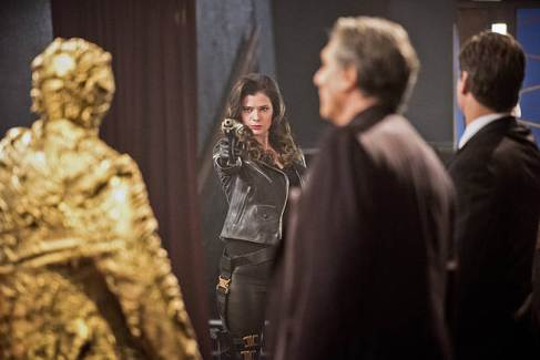 "The Flash -- ""Rogue Time"" -- Image FLA116B_0049b -- Pictured: Peyton List as Lisa Snart -- Photo: Dean Buscher/The CW -- © 2015 The CW Network, LLC. All rights reserved."