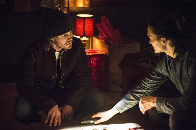 "Arrow -- ""Broken Arrow"" -- Image AR319B_0021b--Pictured (L-R): Stephen Amell as Oliver Queen and Karl Yune as Maseo -- Photo: Cate Cameron/The CW -- © 2015 The CW Network, LLC. All Rights Reserved."