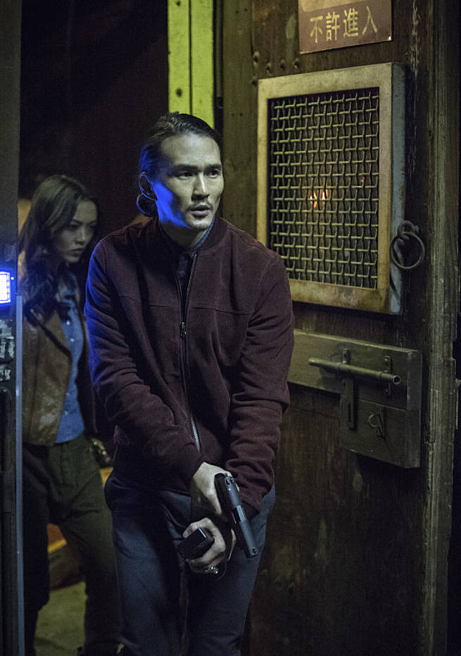 "Arrow -- ""Broken Arrow"" -- Image AR319A_0454b--Pictured (L-R): Rila Fukushima as Tatsu Yamashiro and Karl Yune as Maseo -- Photo: Cate Cameron/The CW -- © 2015 The CW Network, LLC. All Rights Reserved"