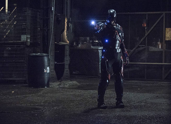 "Arrow -- ""Broken Arrow"" -- Image AR319A_0004b -- Pictured: Brandon Routh as Ray Palmer / The Atom -- Photo: Cate Cameron/The CW -- © 2015 The CW Network, LLC. All Rights Reserved."