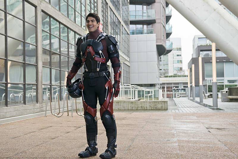 "The Flash -- ""All Star Team Up"" -- Image FLA118A_0129b -- Pictured: Brandon Routh as Ray Palmer / The Atom -- Photo: Cate Cameron/The CW -- © 2015 The CW Network, LLC. All rights reserved."