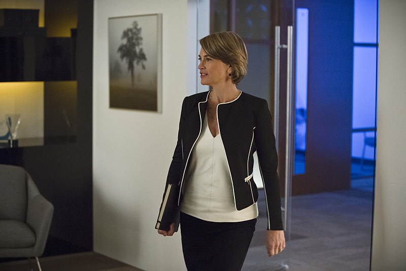 "The Flash -- ""All Star Team Up"" -- Image FLA118B_0300b -- Pictured: Amanda Pays as Christina McGee -- Photo: Cate Cameron/The CW -- © 2015 The CW Network, LLC. All rights reserved."