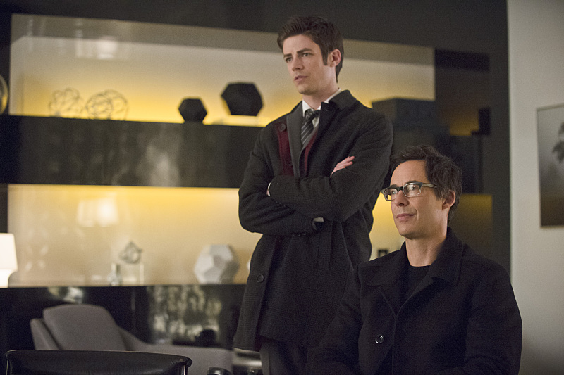 "The Flash -- ""All Star Team Up"" -- Image FLA118B_0334b -- Pictured: Grant Gustin as Barry Allen and Tom Cavanagh as Harrison Wells -- Photo: Cate Cameron/The CW -- © 2015 The CW Network, LLC. All rights reserved."