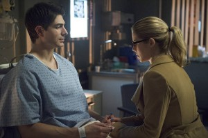 "Arrow -- ""Public Enemy"" -- Image AR318A_0346b -- Pictured (L-R): Brandon Routh as Ray Palmer and Emily Bett Rickards as Felicity Smoak  -- Photo: Diyah Pera/The CW -- © 2015 The CW Network, LLC. All Rights Reserved."