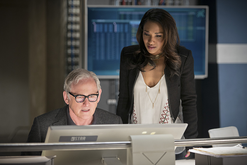 "The Flash -- ""Fast Enough"" -- Image FLA123A_0319b -- Pictured (L-R): Victor Garber as Professor Stein and Candice Patton as Iris West -- Photo: Diyah Pera/The CW -- © 2015 The CW Network, LLC. All rights reserved."