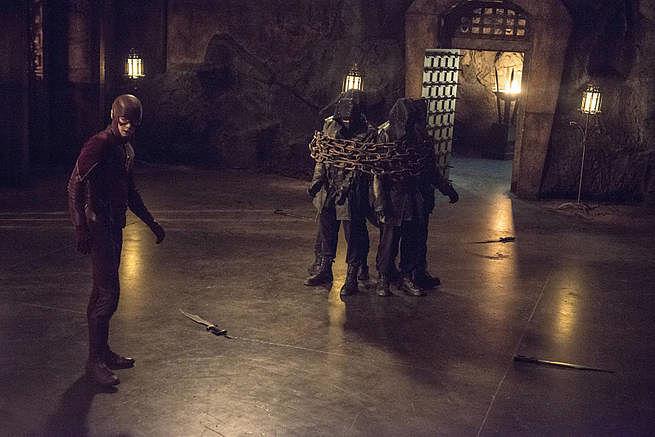 arrow-my-name-is-oliver-queen-finale-trailer-breakdown-ra-s-al-ghul-showdown-speedy-i-394481