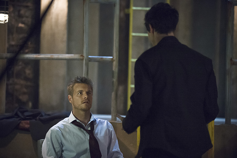 """The Flash -- """"Grodd Lives"""" -- Image FLA121B_0131b -- Pictured: Rick Cosnett as Detective Eddie Thawne -- Photo: Cate Cameron/The CW -- © 2015 The CW Network, LLC. All rights reserved."""
