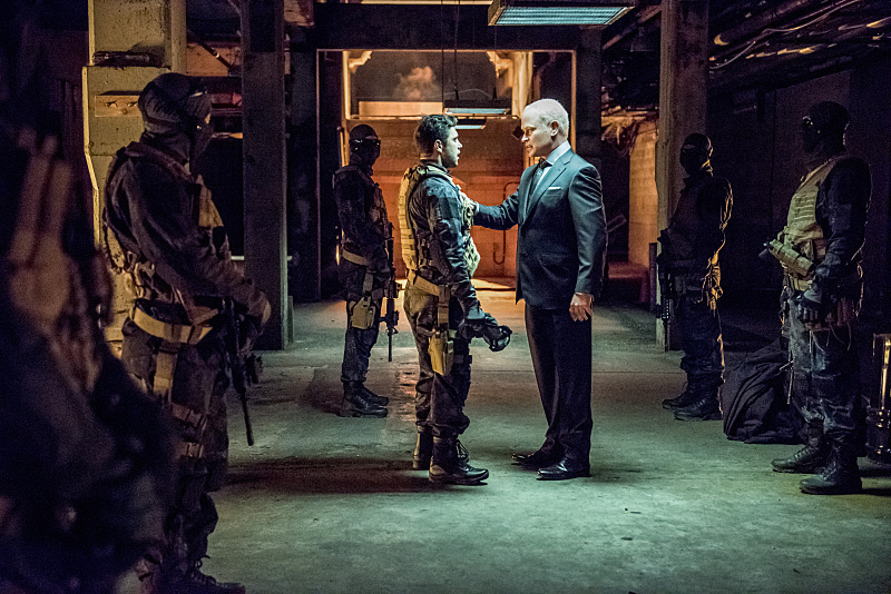 "Arrow -- ""Green Arrow"" -- Image AR401B_0119b -- Pictured: Neal McDonough as Damien Darhk -- Photo: Dean Buscher /The CW -- © 2015 The CW Network, LLC. All Rights Reserved."