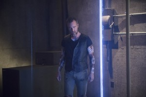 """Arrow -- """"Restoration"""" -- Image AR403A_0208b.jpg -- Pictured: JR Bourne as Jeremy Tell -- Photo: Diyah Pera /The CW -- © 2015 The CW Network, LLC. All Rights Reserved."""
