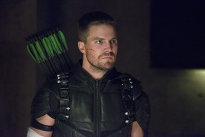 """Arrow -- """"Restoration"""" -- Image AR403A_0270b.jpg -- Pictured: Steven Amell as Oliver Queen -- Photo: Diyah Pera /The CW -- © 2015 The CW Network, LLC. All Rights Reserved."""