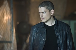 """The Flash -- """"Family of Rogues"""" -- Image FLA203b_0088b.jpg -- Pictured: Wentworth Miller as Leonard Snart  -- Photo: Diyah Pera/The CW -- © 2015 The CW Network, LLC. All rights reserved."""