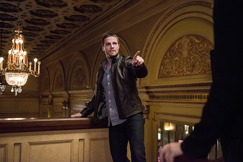 """Arrow -- """"The Candidate"""" -- Image ARR402B_0309b -- Pictured: Stephen Amell as Oliver Queen -- Photo: Cate Cameron /The CW -- © 2015 The CW Network, LLC. All Rights Reserved."""