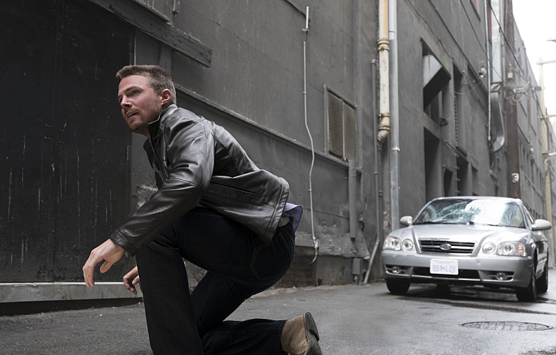 """Arrow -- """"The Candidate"""" -- Image AR402B_0113b -- Pictured: Stephen Amell as Oliver Queen -- Photo: Cate Cameron /The CW -- © 2015 The CW Network, LLC. All Rights Reserved."""