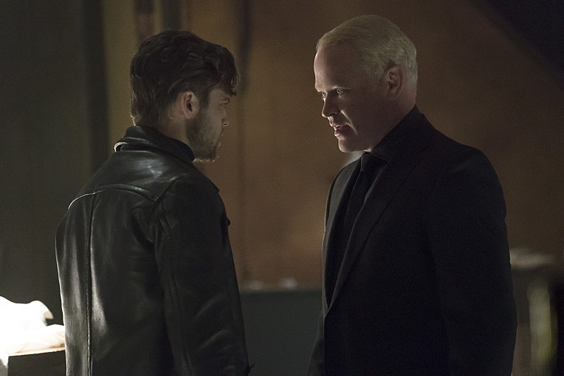"""Arrow -- """"The Candidate"""" -- Image AR402A_0043b -- Pictured (L-R): Alexander Calvert as Lonnie Machin and Neal McDonough as Damien Darhk -- Photo: Katie Yu /The CW -- © 2015 The CW Network, LLC. All Rights Reserved."""