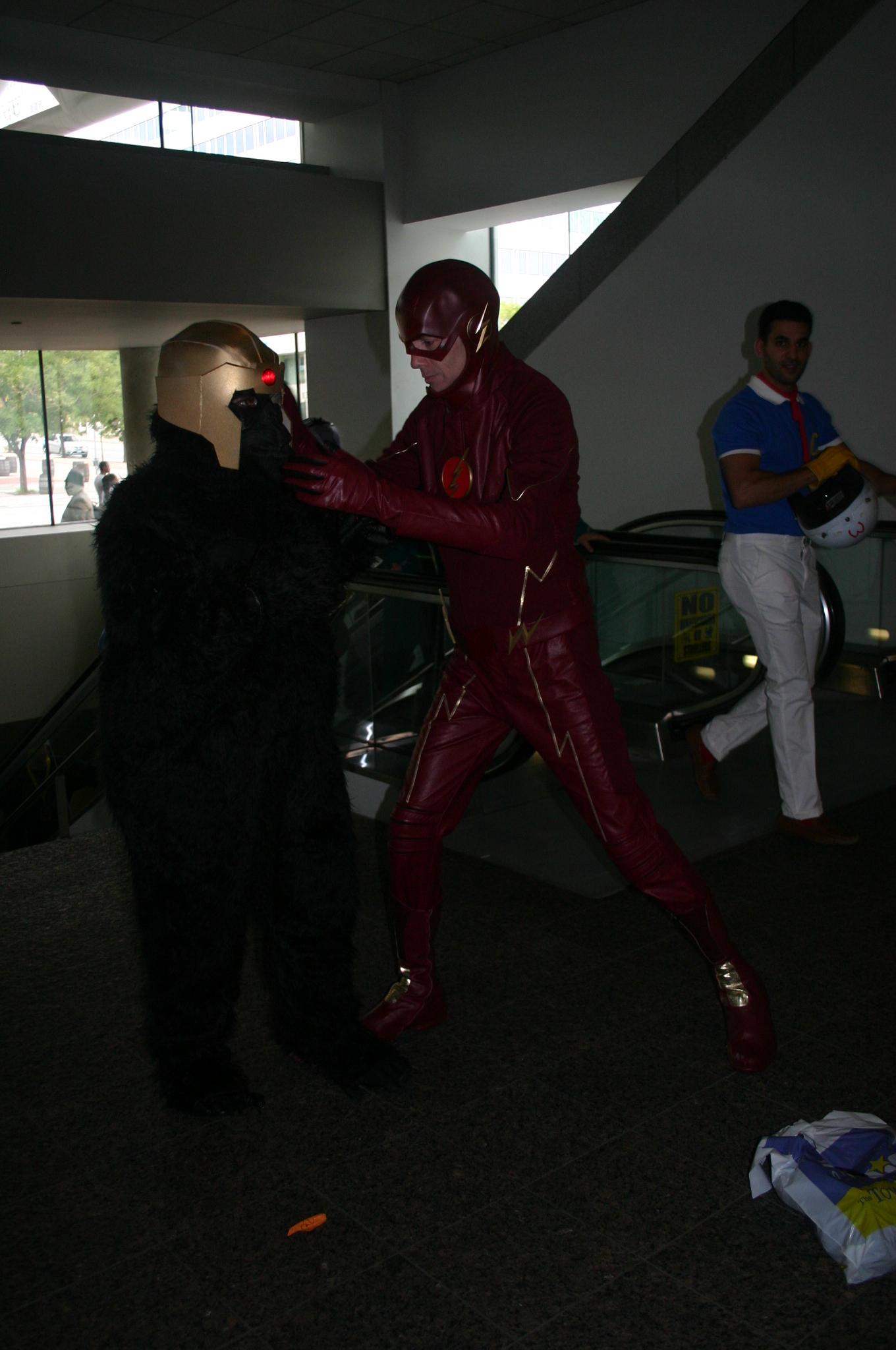 Grodd vs Flash