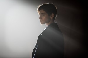 GOTHAM: L-R: David Mazouz in the ÒRise of the Villains: The Son of GothamÓ episode of GOTHAM airing Monday, Nov. 23 (8:00-9:00 PM ET/PT) on FOX. ©2015 Fox Broadcasting Co. Cr: Jeff Neumann/ FOX